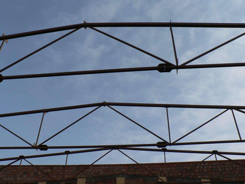 Dach stalowy hali sportowej