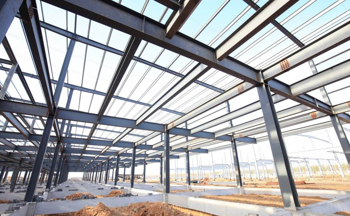 Funkcjonalne hale handlowe - firma Bud-Blach